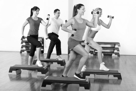 an exercise class at a gym